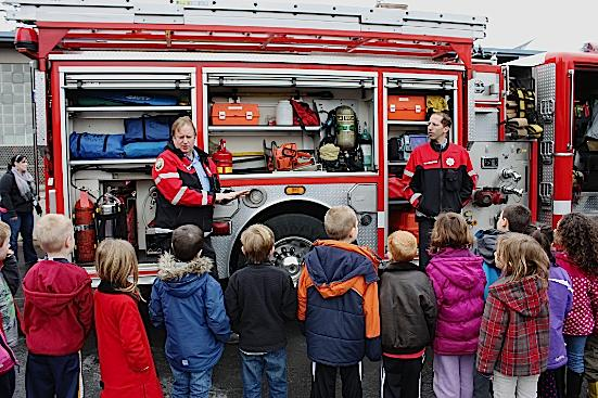Multnomah Village Station 18 Firefighters Celebrate Reading at Local