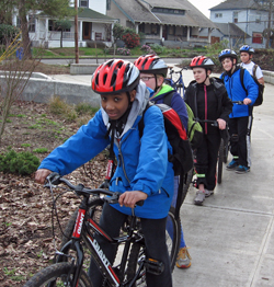 Rochester students on a bike tour of Portland
