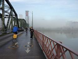 Riding and running on Hawthorne Bridge