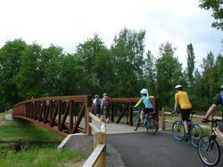 bikes crossing Johnson Creek on bridge