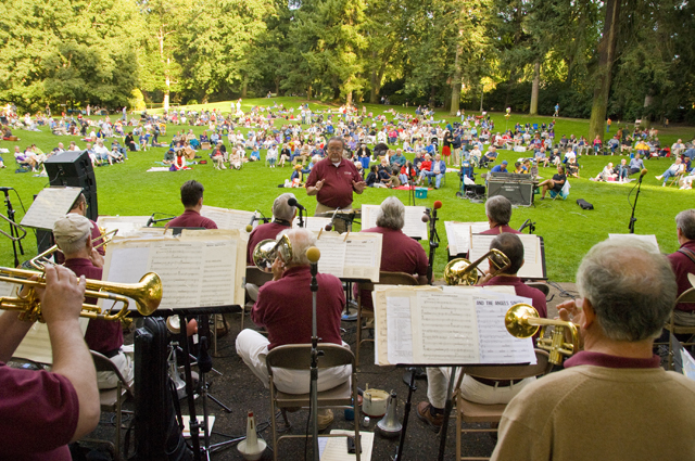 Concert at Laurelhurst Park