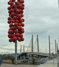 Tilikum Crossing and public art