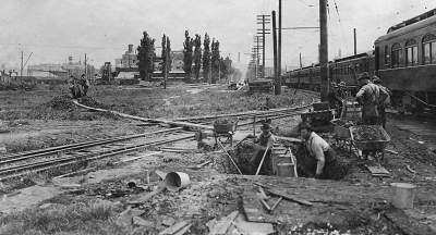 sewer construction in 1917