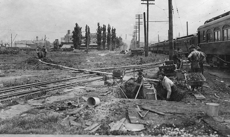 Tanner Creek sewer construction 1917
