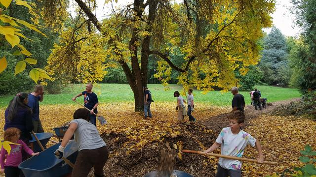 A 2015 PARKE DIEM EVENT AT COLUMBIA CHILDREN'S ARBORETUM
