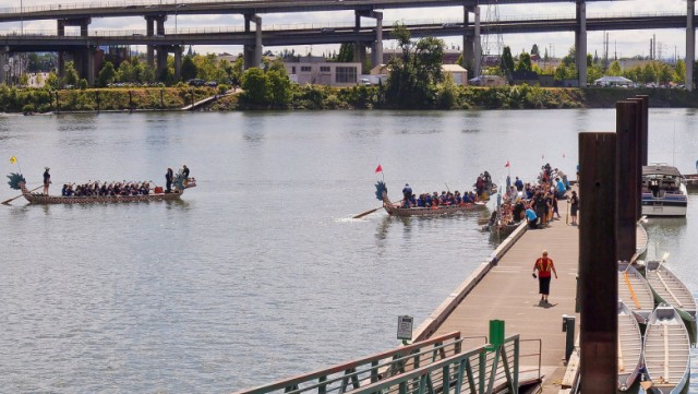 Dragon boats on Willamette River