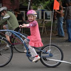 ST_FamilyBike_trailer_bike.jpg