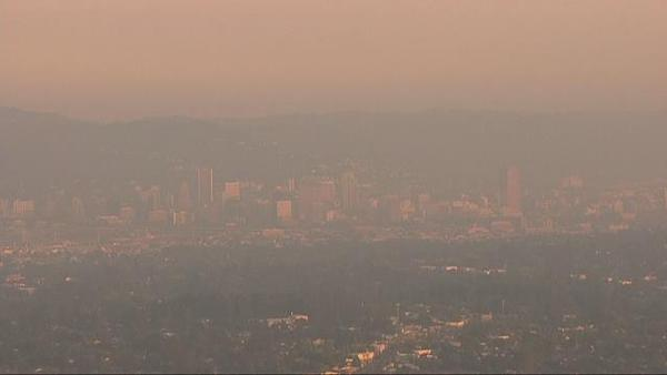 Photo of smokey skies over Portland