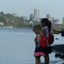 Exploring the Willamette at Sellwood Riverfront!