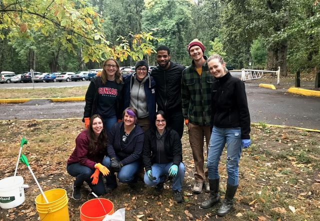 Great Willamette river clean-up crew