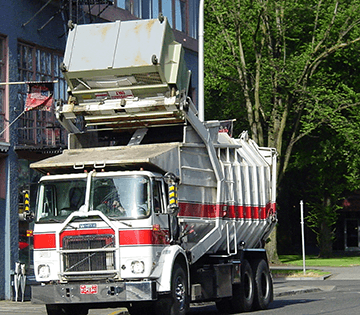 Commercial garbage truck