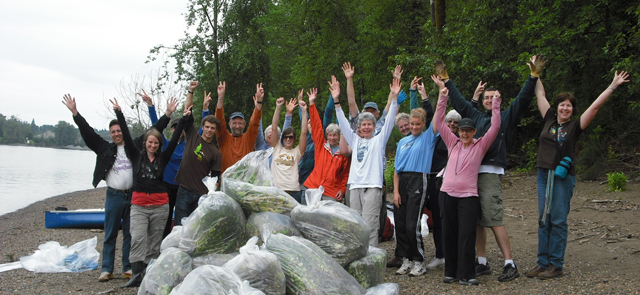 Remove invasive plants volunteers celebrate a great day pulling